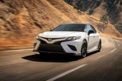 丰田发布了一款TRD版本凯美瑞,搭载V6发动机,马力超300PS