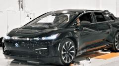 首款预生产的法拉第未来FF 91豪华电动车下线