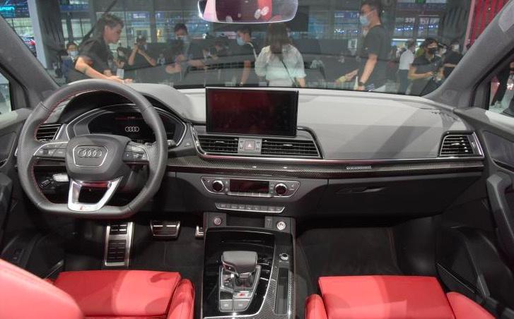 2021粤港澳车展:新款奥迪SQ5正式上市